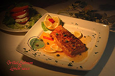 Grilled Salmon and Lemon Sauce